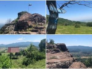 На 60 км от Пловдив: Поглед от високо от тракийско светилище и крепостта Козлек