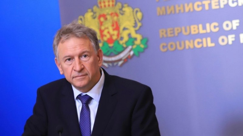 Здравният министър недоволен от темпа на ваксинация в социалните домове