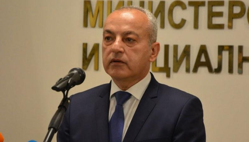Министър Донев: Безработицата е паднала с над 37% за година