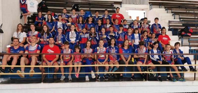 Над 300 деца участваха в международния плувен турнир