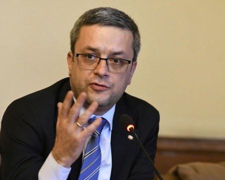 Биков: Очакваме Радев и финансовият министър да предприемат действия за шефа на НАП
