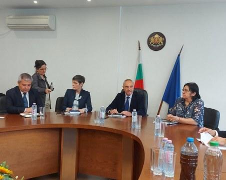 """Кметът на община """"Родопи"""" ще настоява държавата да осигури средства за асфалтиране на улиците след ВиК ремонта"""