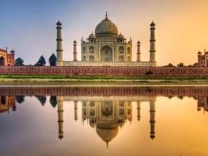 Индия смекчава мерките, Тадж Махал отново отвори врати