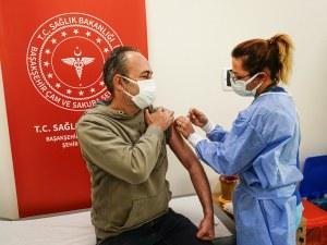 Рекорд! 1,24 милиона ваксинирани в Турция само за ден
