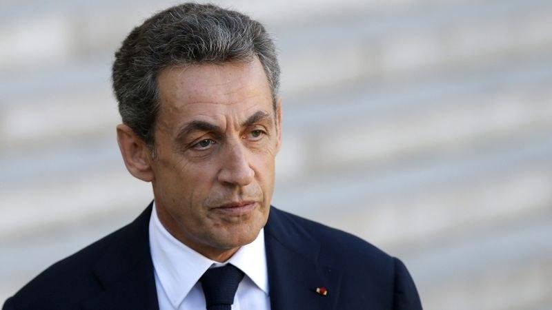 Искат 12 месеца затвор за Никола Саркози
