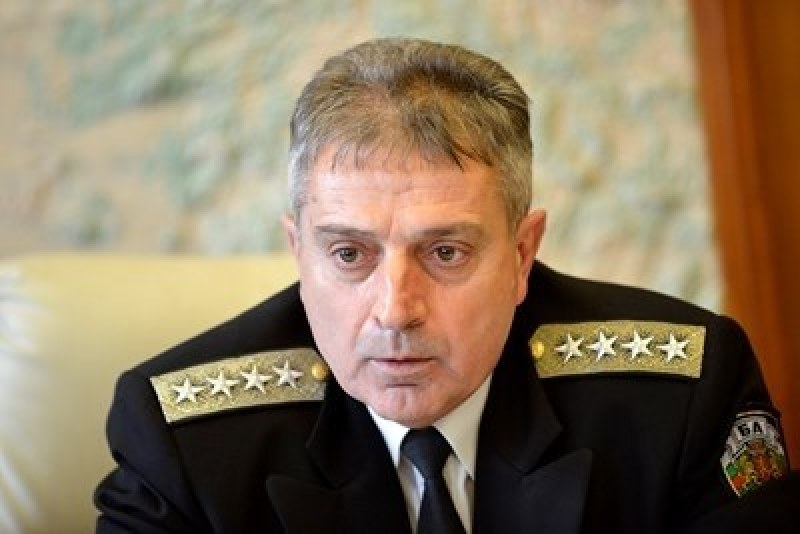 Началникът на отбраната: Правим всичко възможно, за да открием черната кутия