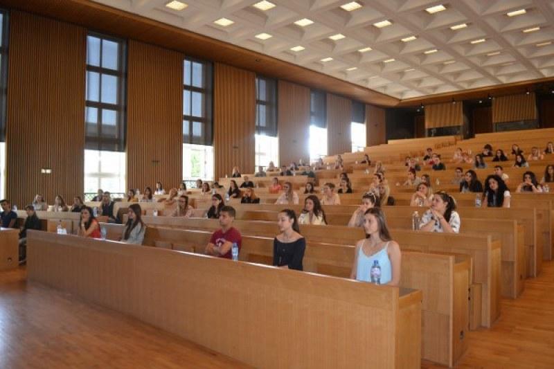 Сериозни проблеми показва карта висшето образование в България, при кои специалности ситуацията е най-зле?