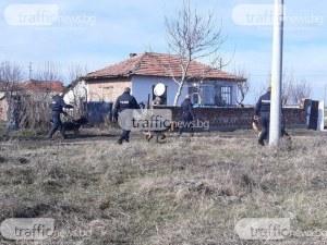 Апашите, задигнали 30 бона от къща в Баня, остават зад решетките