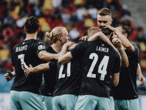 Здрава битка за вторите места в две групи на Евро 2020