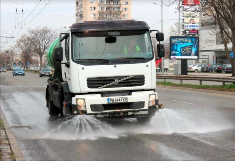 Започва голямото машинно миене на пловдивските улици
