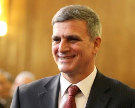 Служебният премиер Стефан Янев пристига в родна Поповица
