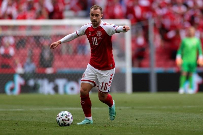 Кристиан Ериксен се срещна със съотборниците за първи път след инцидента