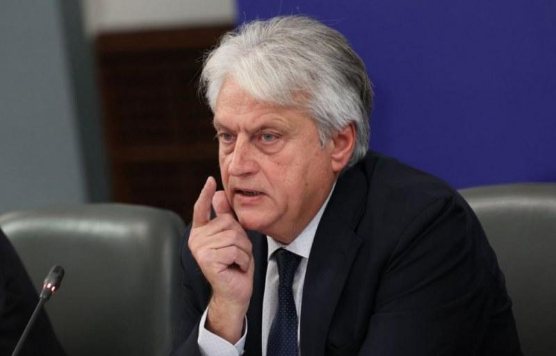Министър Рашков: Прокуратурата бездейства по проверката на 38 политици и магистрати
