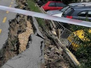 Велоалея пропадна върху 5 автомобила във Варна
