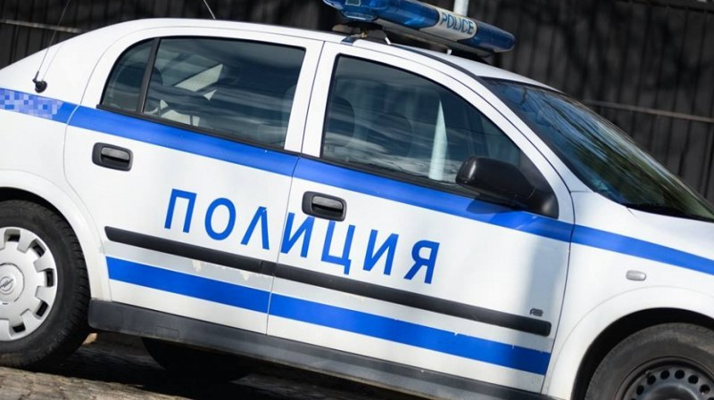 Младо момче падна от деветия етаж от блок в София