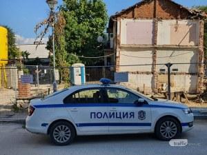Къща пред срутване в центъра на Пловдив заради строителен изкоп, обитателите се евакуираха