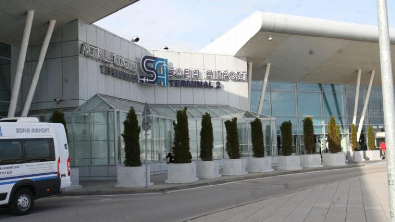 Граничен полицай се е самоубил на летище София