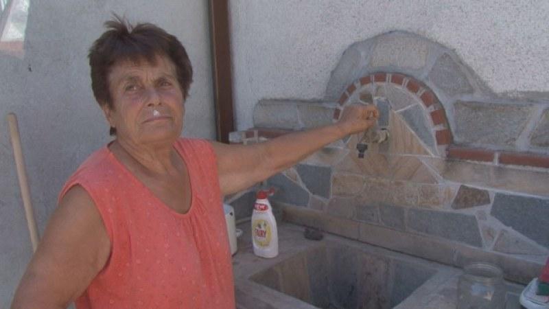 Зелениково от пет дни без вода! Причината са две аварии