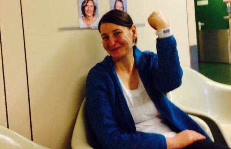 Ученици приготвят вкусотии, за да помогнат на 30-годишната Таня от Раковски
