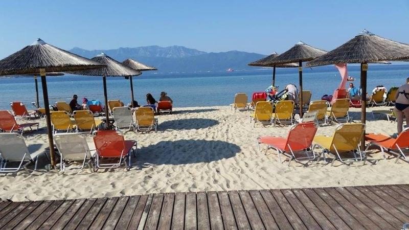 Над 2000 българи може да останат без почивка в Гърция в следващите дни