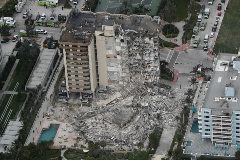 Срути се жилищна сграда в Маями, поне един човек е загинал