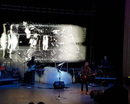 """Звезди пеят в Пловдив тази вечер, за да може """"Приказката P.I.F."""