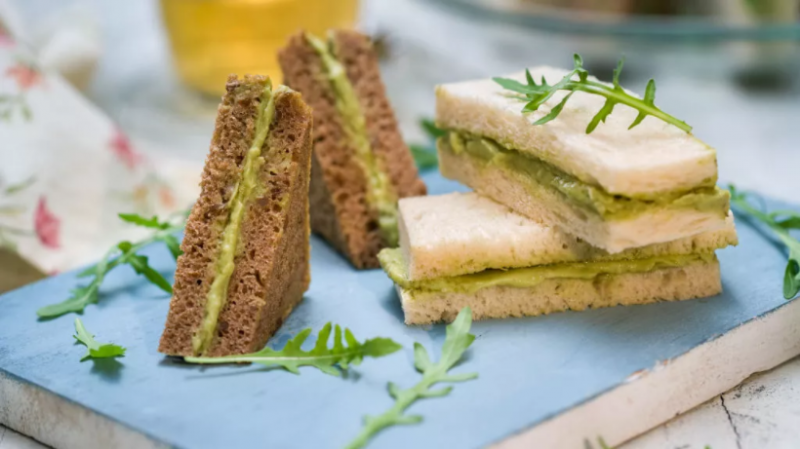 Перфектната закуска: Сандвичи с авокадо мус