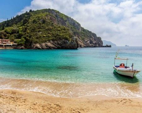 Искат сертификати за ваксинация или тестове за пътувания до гръцките острови