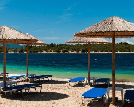 Къде и колко ще плащаме за сянка по морето през лятото?