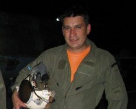 Жители на Асеновград искат паметник на загиналия пилот на МиГ-29 подп. Терзиев