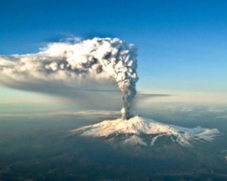 На този ден: Най-голямото изригване на Етна