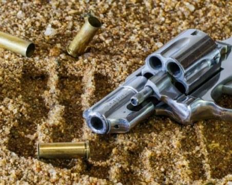 Арестуваха мъжа, заплашил и обрал пловдивчанка с пистолет в Слънчев бряг