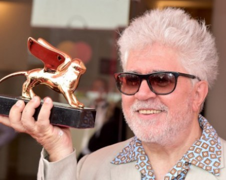 Новият филм на Алмодовар открива фестивала във Венеция