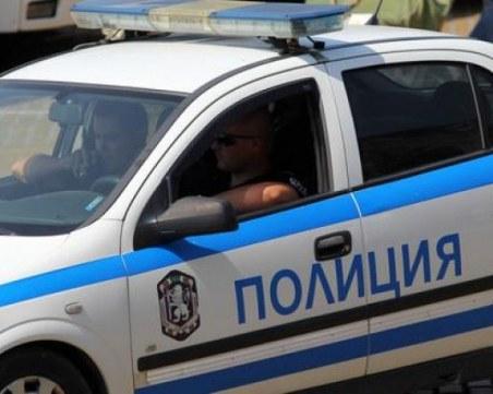 Спипаха трима с наркотици в Пазарджишко