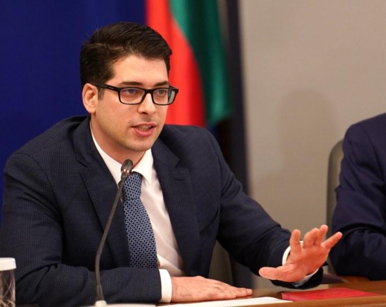 Атанас Пеканов за Плана за устойчивост и развитие: Парите ще идват само ако постигнем дадени цели
