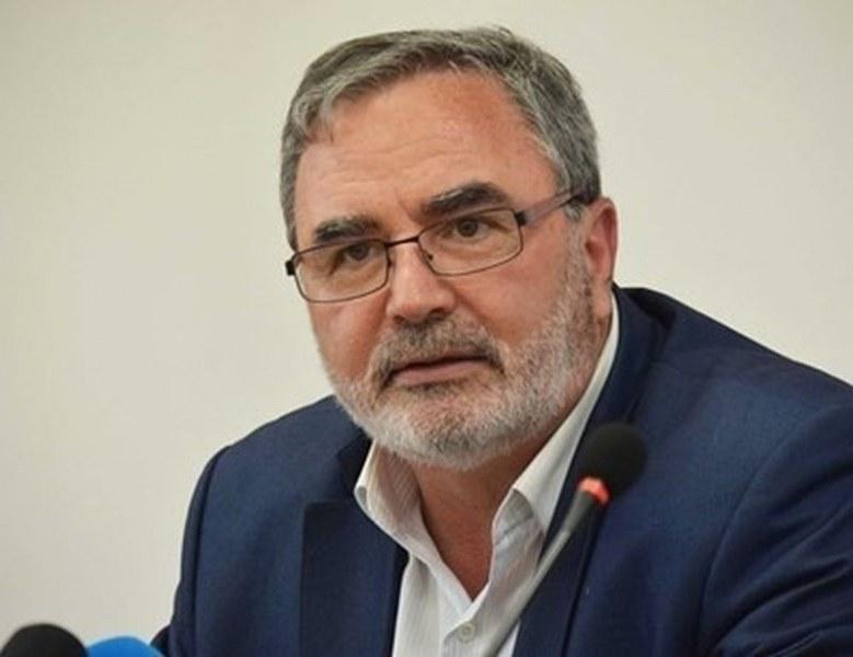 Кунчев: Спадът на случаите на COVID-19 у нас спря, чакаме повишаване