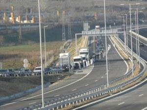 Тир аварира на магистрала