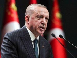Хеликоптерът на Ердоган се е приземил принудително