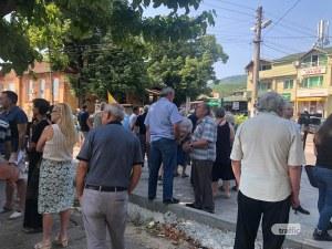 Жителите на село Червен блокираха пътя Кърджали - Асеновград заради безводието