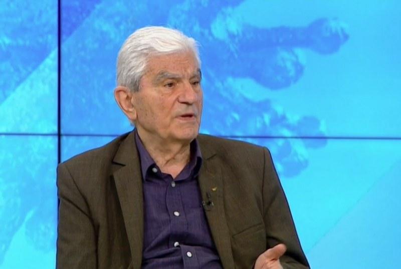 Aкад. Петрунов: Подобно на грипа май трябва да се ваксинираме всяка година срещу COVID-19