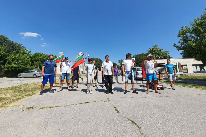 Протест заради бежанския лагер в Харманли – мигрантите тормозили хората и опустошавали града