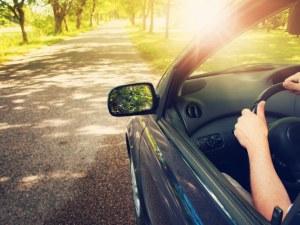 Какво не бива да оставяме в колата през лятото