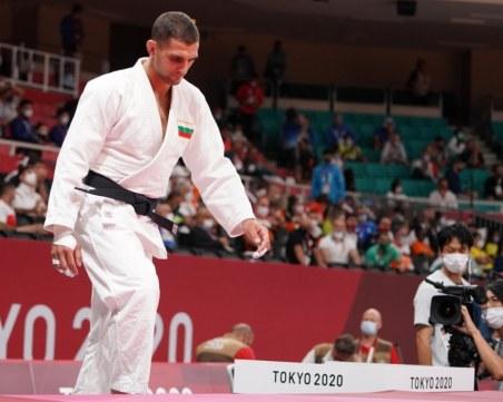 След тежък мач Ивайло Иванов също напуска Игрите в Токио