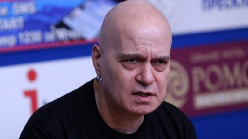 Слави Трифонов е бил в болница за контролен преглед след COVID-19