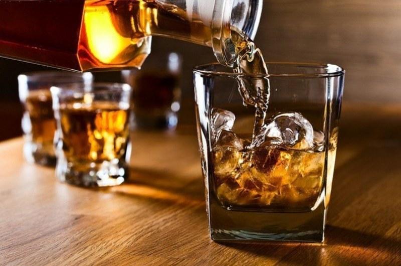 История на уискито: Франк Синатра е погребан с бутилка