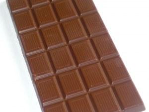 Чесън, черен шоколад и кимион подхранват полезните чревни бактерии