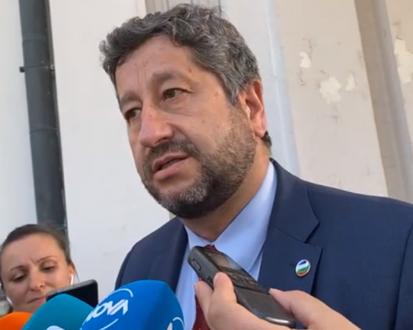 Христо Иванов: Малко е тъжно за страната цялата тази работа