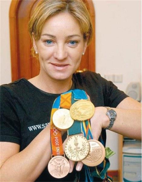 Легендарната Мария Гроздева сложи край на кариерата си