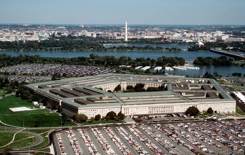Обмислят задължителна ваксинация за военните в САЩ
