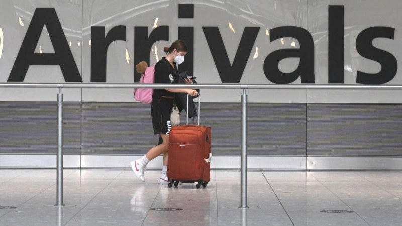 Румъния вкара Гърция в червена зона, затяга мерките за пътуващите
